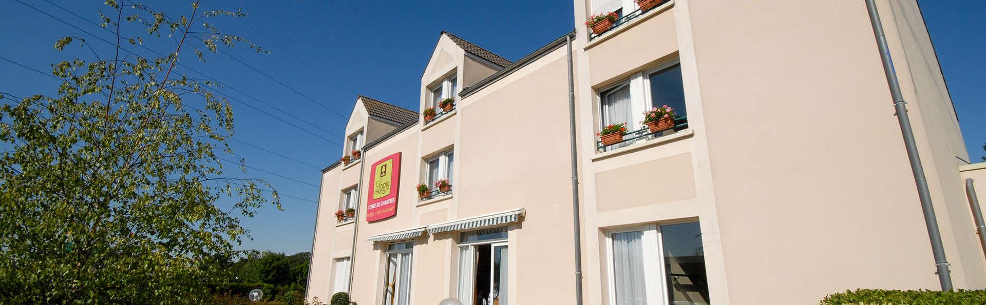 Logis L'Orée de Chartres - Edit_Front2.jpg