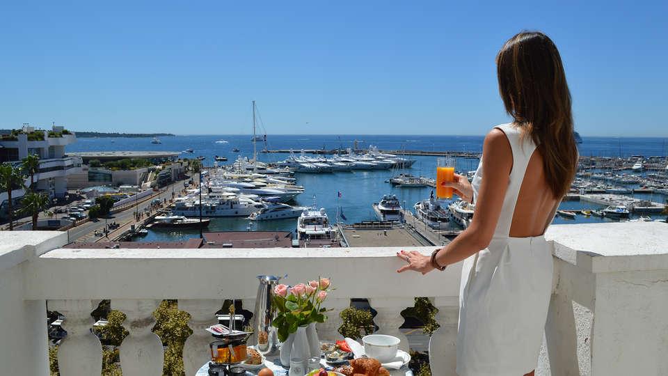 Hôtel Splendid - edit_breakfast_view2.jpg