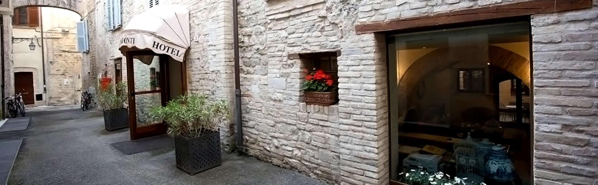 Hotel Palazzo Brunamonti - Edit_Front.jpg