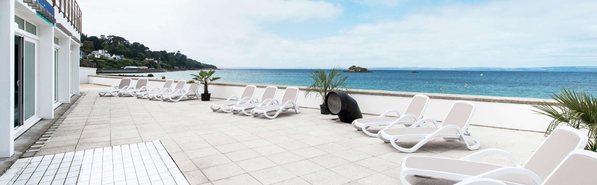 Détendez-vous à quelques pas de plage des sables blancs à Douarnenez