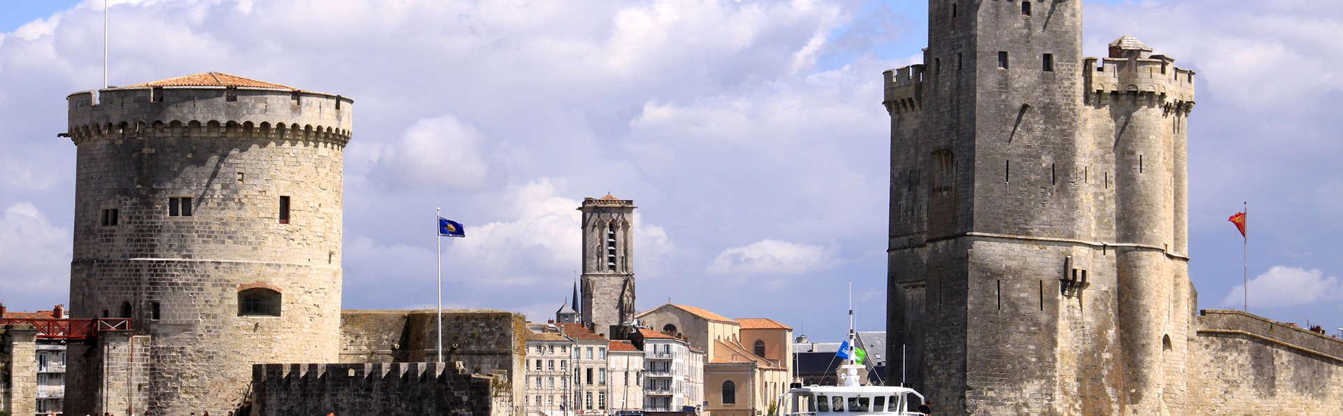 Séjournez face aux tours de La Rochelle