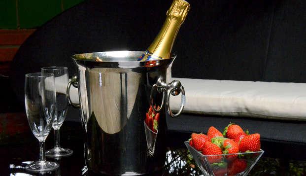 Privilege Hotel Mermoz - Champagne