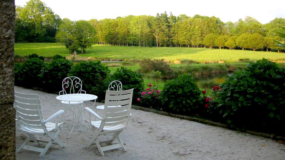 Manoir du Stang - Edit_Terrace2.jpg