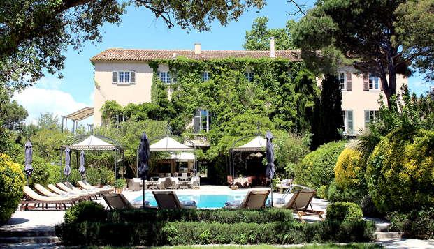 Week-end romantique avec champagne dans le golfe de Saint-Tropez
