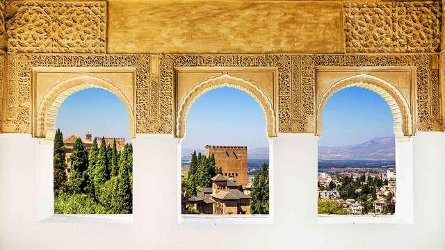 Degustación de tapas en este lujoso Hotel 5* a dos pasos de la Alhambra de Granada