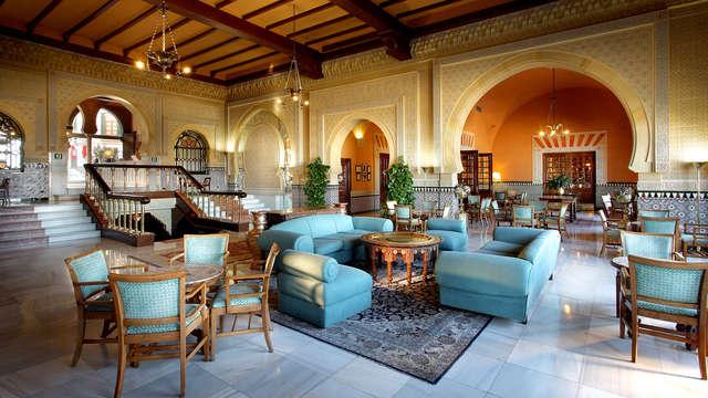 Lujo y encanto en este Hotel 5* a un paso de la Alhambra de Granada