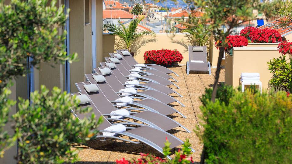 Best Western Hôtel Méditerranée Menton - Edit_Terrace7.jpg