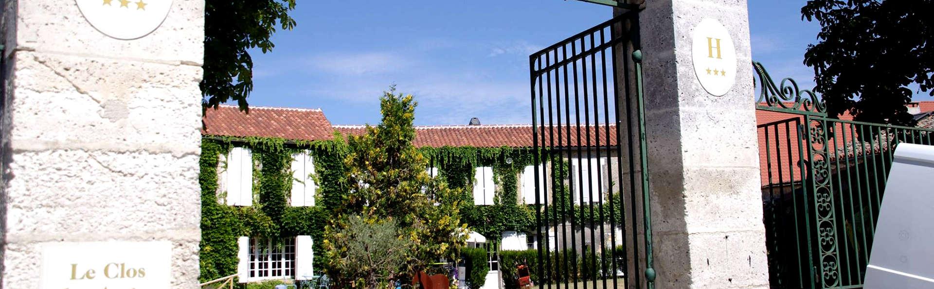 Domaine du Châtelard - Edit_Entrance.jpg