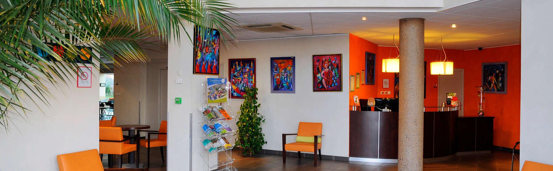 The Originals Boutique, Actuel Hôtel, Saint-Etienne Aéroport (Qualys-Hotel) - Edit_Hall.jpg