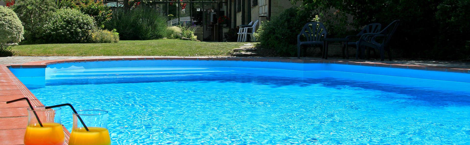 Hotel The Originals Domaine Le Martinet (ex Relais du Silence) - Edit_Pool4.jpg