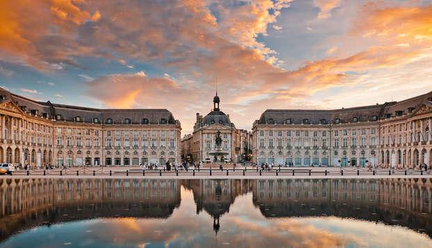 QUALYS-HOTEL Bordeaux La Tour Intendance - Bordeaux
