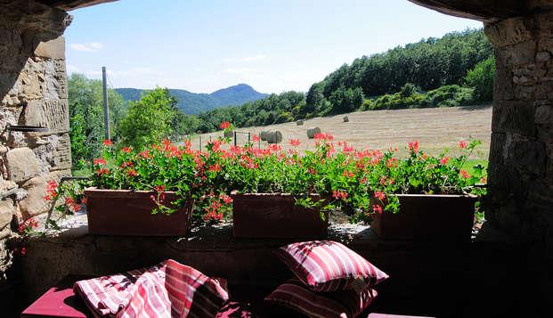 4 giorni al prezzo di 3 di completo relax immersi nella romantica natura vicino ad Arezzo