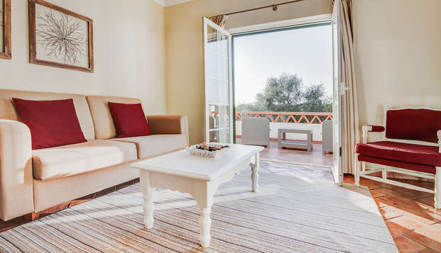 Escapada Relax en una amplia Suite cerca de la playa del Algarve