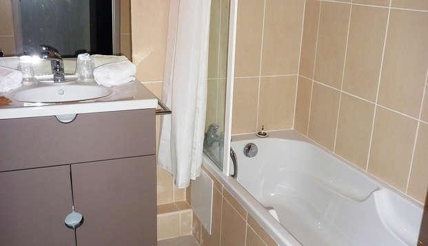 Residence Adonis Citadelle Resort - Bathroom