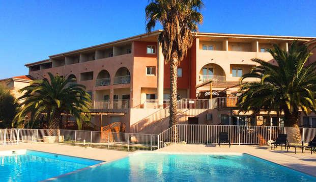 Residence Adonis Citadelle Resort - Front