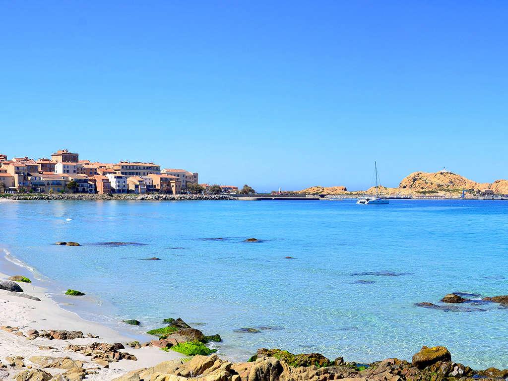 Séjour Corse - Séjour 2 nuits en appartement avec vue mer à L'Île-Rousse  - 5*