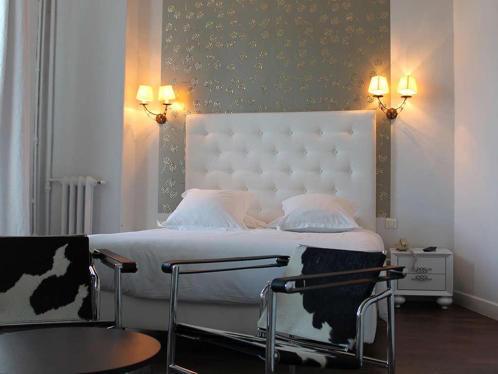 Séjour Gard - Week-end dans un hôtel de charme en chambre supérieure en plein coeur de Nîmes  - 3*
