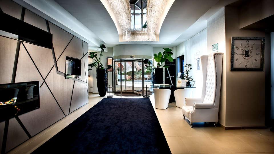 Grand Hotel Resort Ma&Ma - EDIT_NEW_LOBBY4.jpg