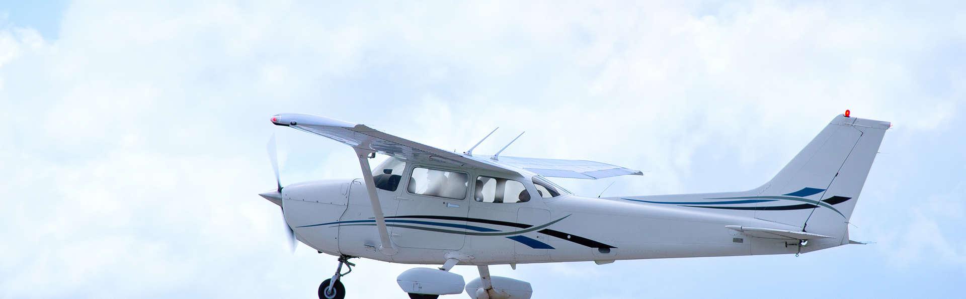 Découvrez les Pyrénées avec baptême de l'air en avion ultra-léger et accès au spa