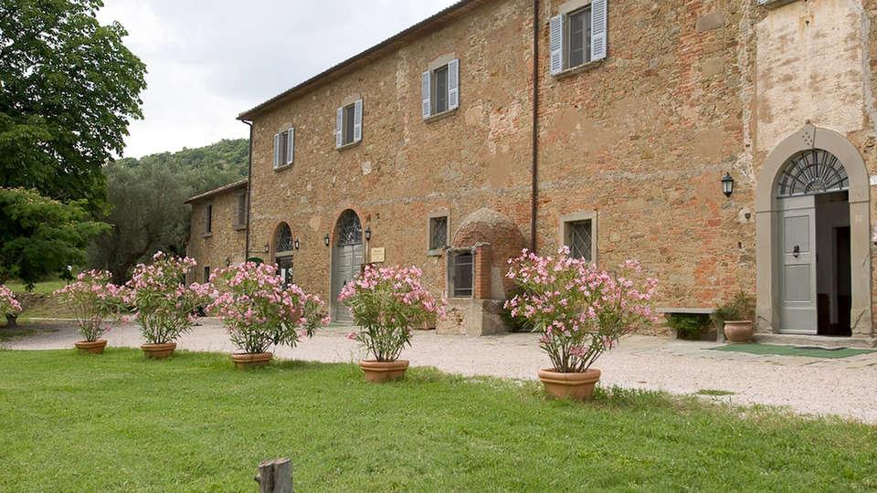 Antico Casale di Montegualandro - Edit_Front.jpg