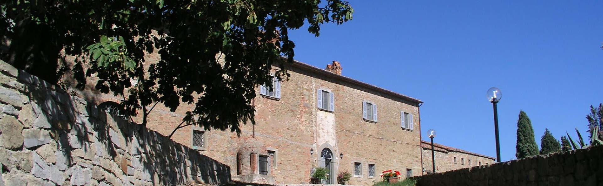 Antico Casale di Montegualandro - Edit_Front2.jpg