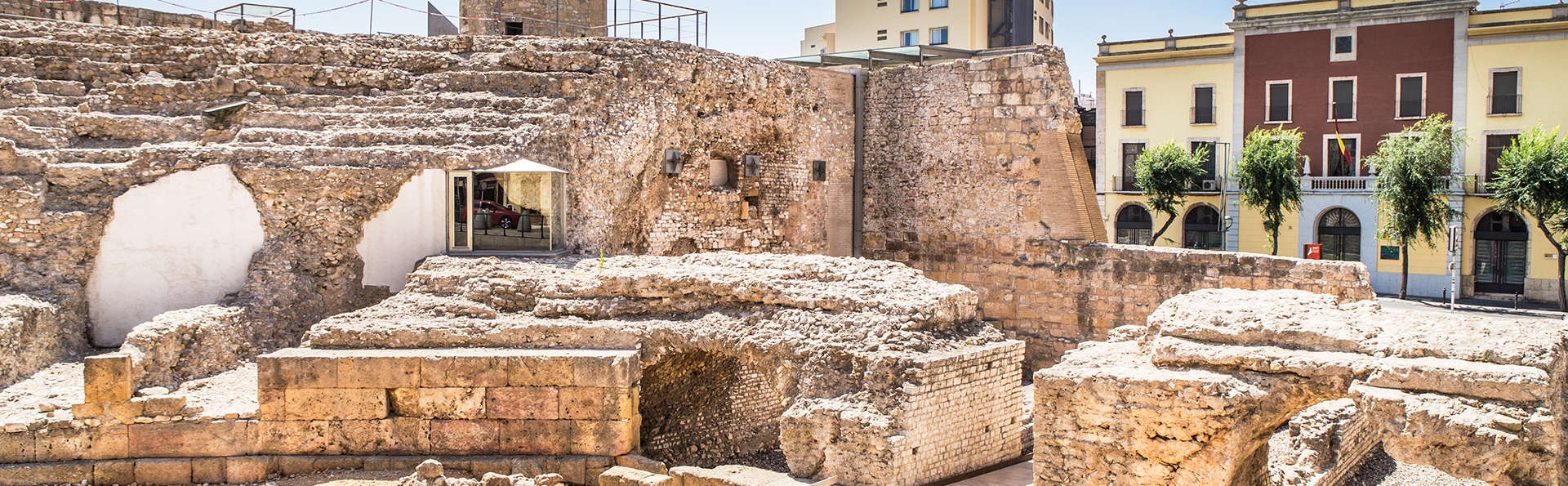Séjour dans l'ancienne cité romaine de Tarraco en chambre deluxe