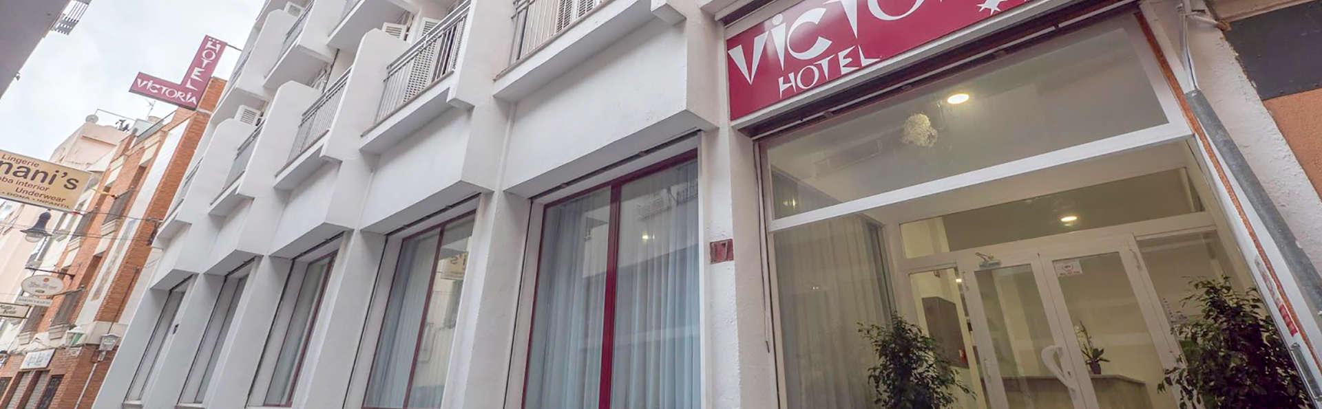 Hotel Victoria - Edit_Front.jpg