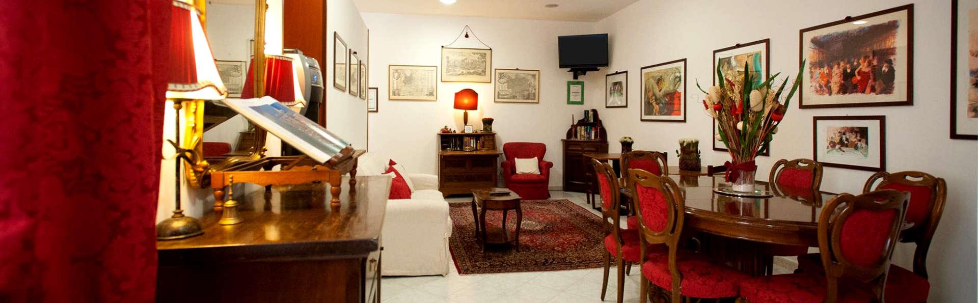 A Casa di Serena - Edit_Lounge.jpg