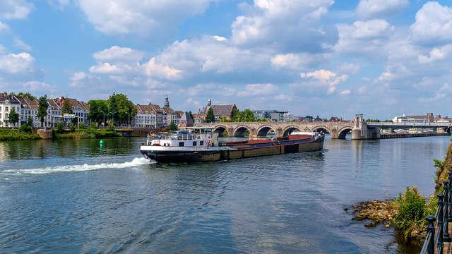 Descubre Maastricht y sus alrededores en barco por el río Maas (desde 2 noches)