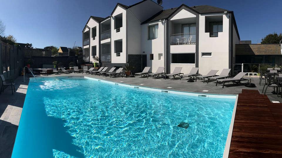 Le Thalassa Hôtel et Spa - EDIT_NEW_Pool.jpg