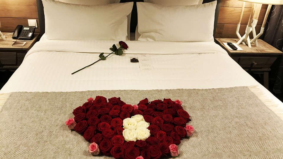 Hotel The Originals La Mainaz Restaurant & Resort (ex Relais du Silence) - EDIT_NEW_Romantic.jpg