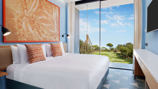 LAVIDA Hotel at PGA Catalunya