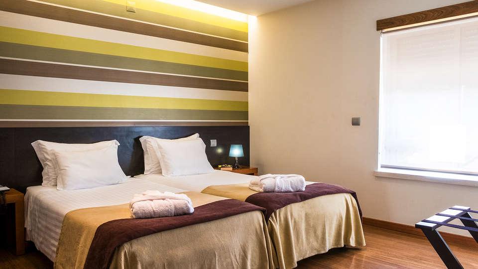 Imperhotel - EDIT_NEW_Room2.jpg