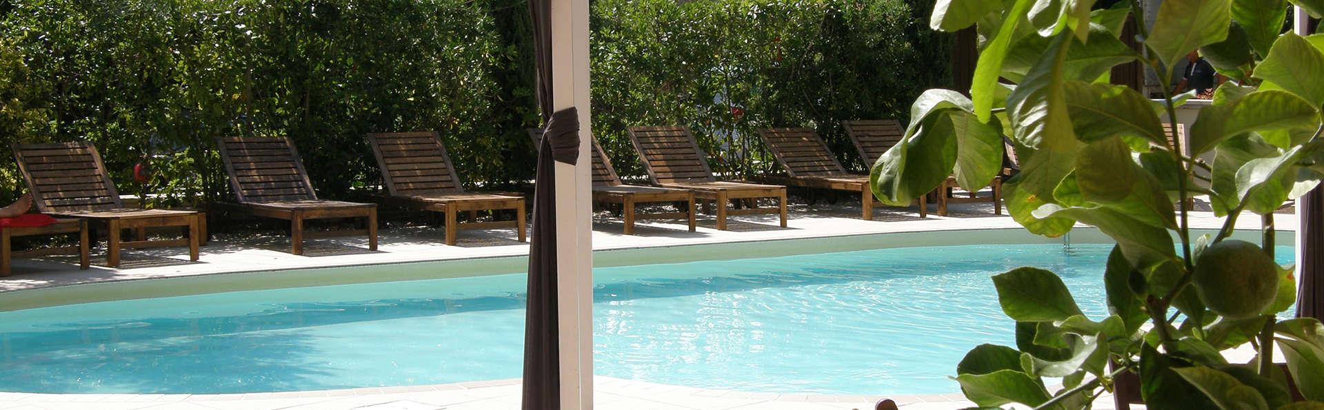 Hotel El Patio - Edit_Pool.jpg
