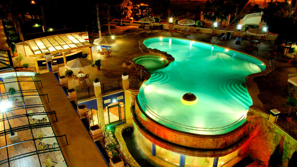 Hotel La Laguna Spa & Golf - EDIT_NEW_POOL.jpg
