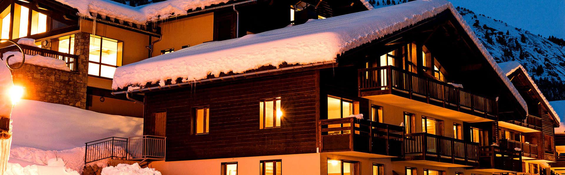 Lagrange Confort+ Les Chalets du Mont Blanc  - Edit_Front.jpg
