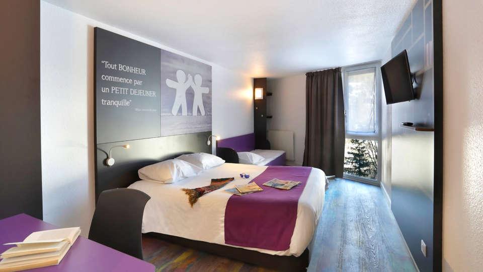 Suite-Home Briançon Serre-Chevalier - Edit_Room.jpg