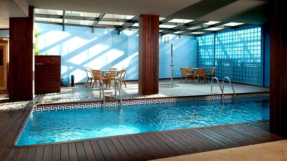 Hotel Flamingo - EDIT_NEW2_POOL2.jpg