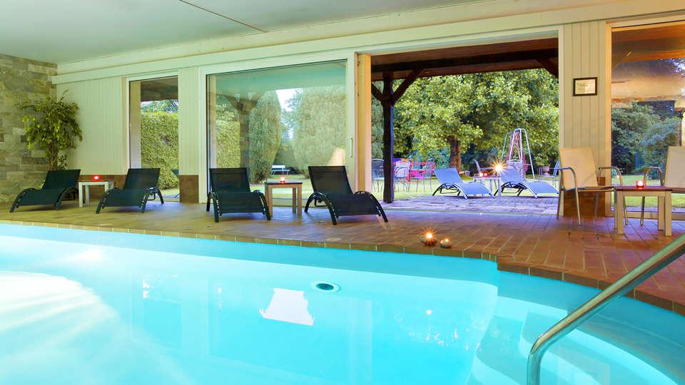 Parc Hôtel - Wangenbourg - Edit_Parc-Hotel---Wangenbourg_pool.jpg