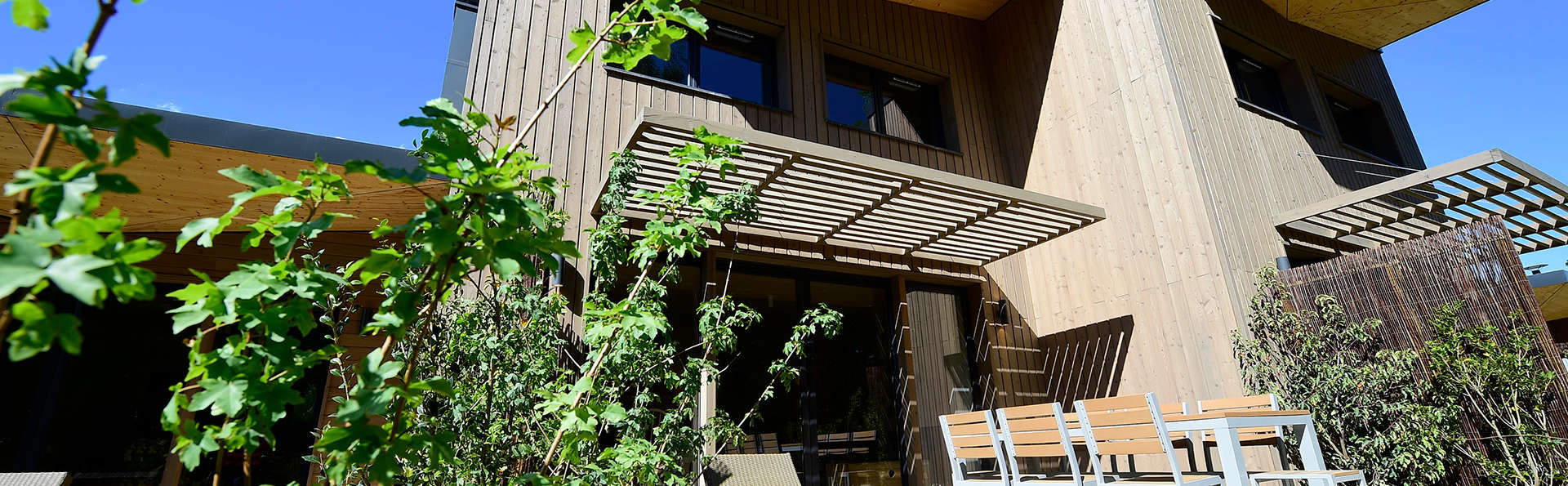 Villages Nature Paris - Edit_Terrace2.jpg