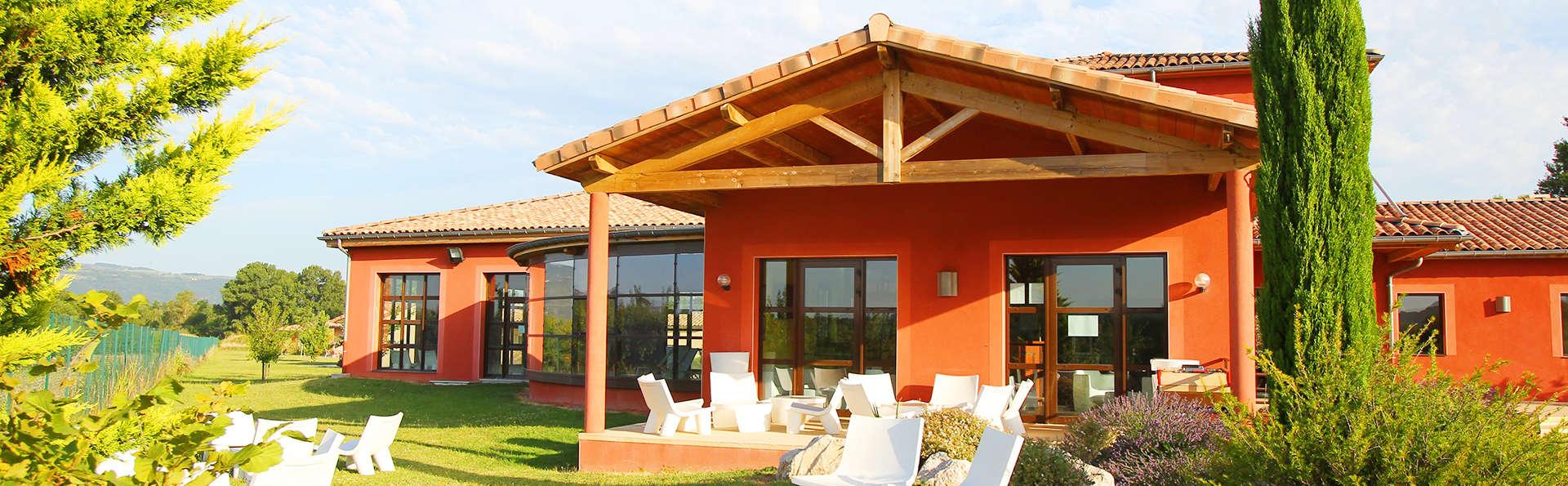 Vacancéole - Résidence Le Domaine du Lac - Edit_Le-Domaine-du-Lac_outside4.jpg