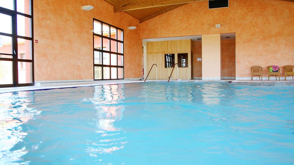 Vacancéole - Résidence Le Domaine du Lac - Edit_Le-Domaine-du-Lac_pool3.jpg