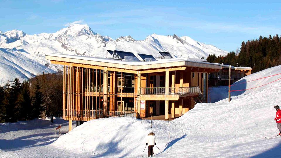 L'Aiguille Grive Chalets Hôtel - Edit_Front2.jpg