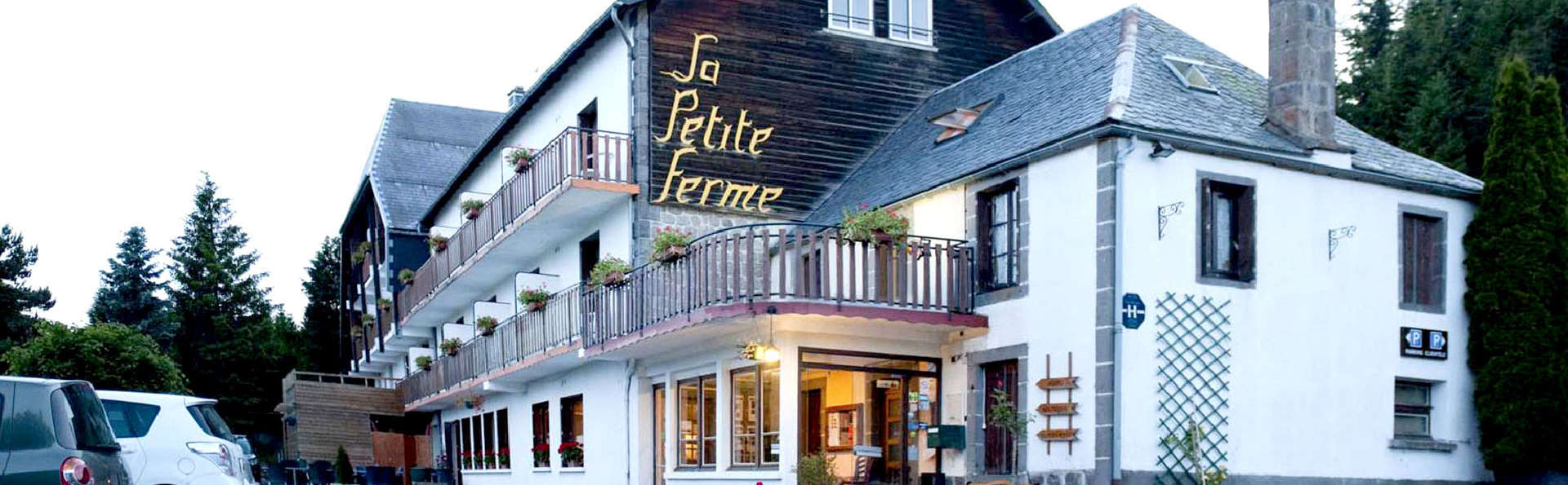 Auberge de la Petite Ferme, Super-Besse Est, The Originals Relais (Qualys-Hotel) - Edit_Front.jpg