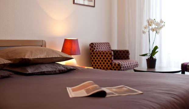 Hotel le Saint Roch - Room