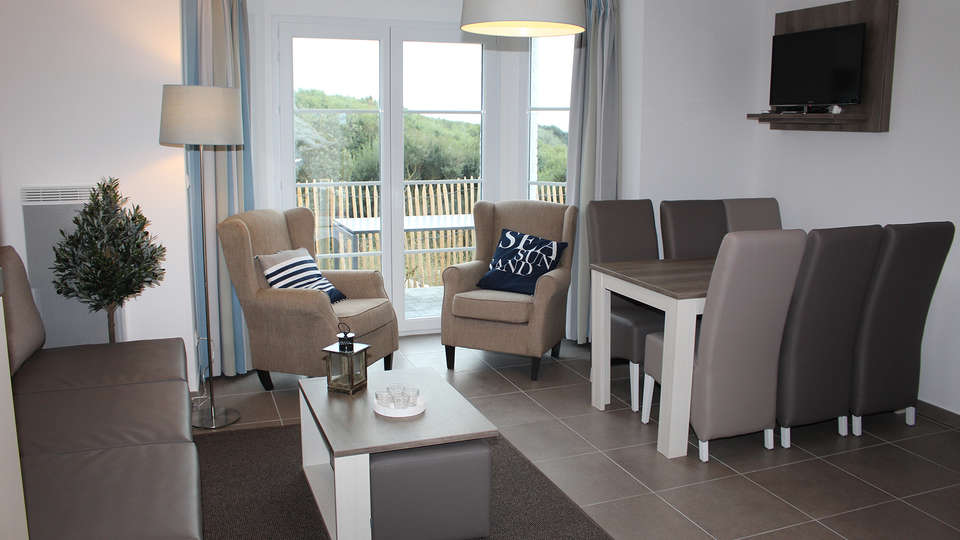 Holiday Suites Hardelot-Equihen Plage - EDIT_NEW_Salon.jpg