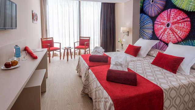 SUMUS-Hotel Stella & Spa Plus 4* - Pineda de Mar, España