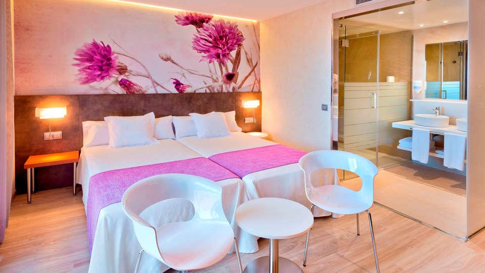 SUMUS Hotel Monteplaya - Adults Only - EDIT_NEW_Superior3.jpg