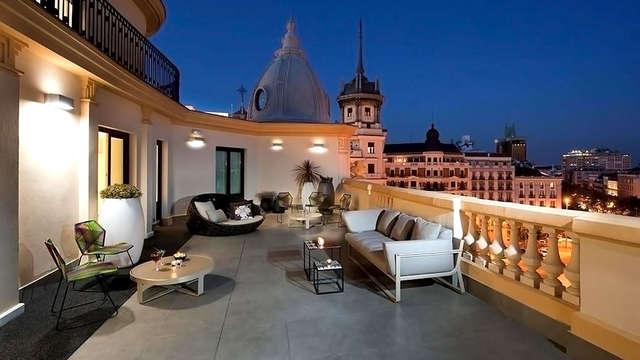 Escapada Top: Hotel 4* de diseño con desayuno y mejora de categoría situado entre Malasaña y Chueca