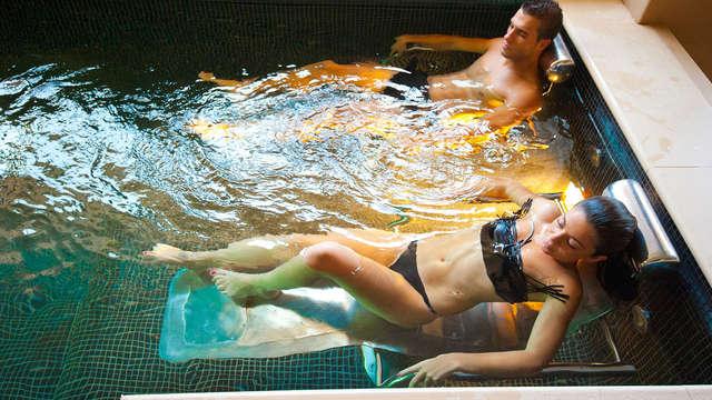 Vive Sevilla con la comodidad de un apartamento con entradas al spa